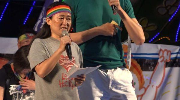 鷺江國小教師翁麗淑,柔情地和當年可能做錯事的學生喊話,並期待性平教育落實。